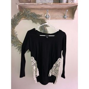 Rue21 Black Hi-Low Long-Sleeve Shirt w/ White Lace